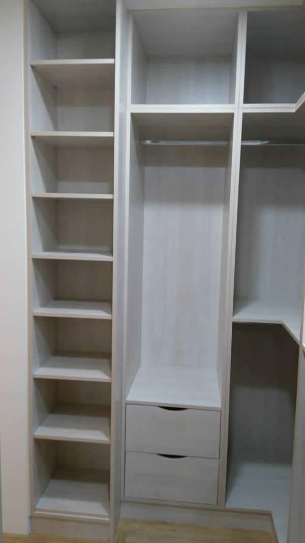 系統衣櫃內部空間