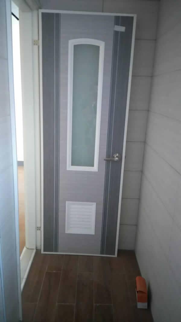 造型廁所門