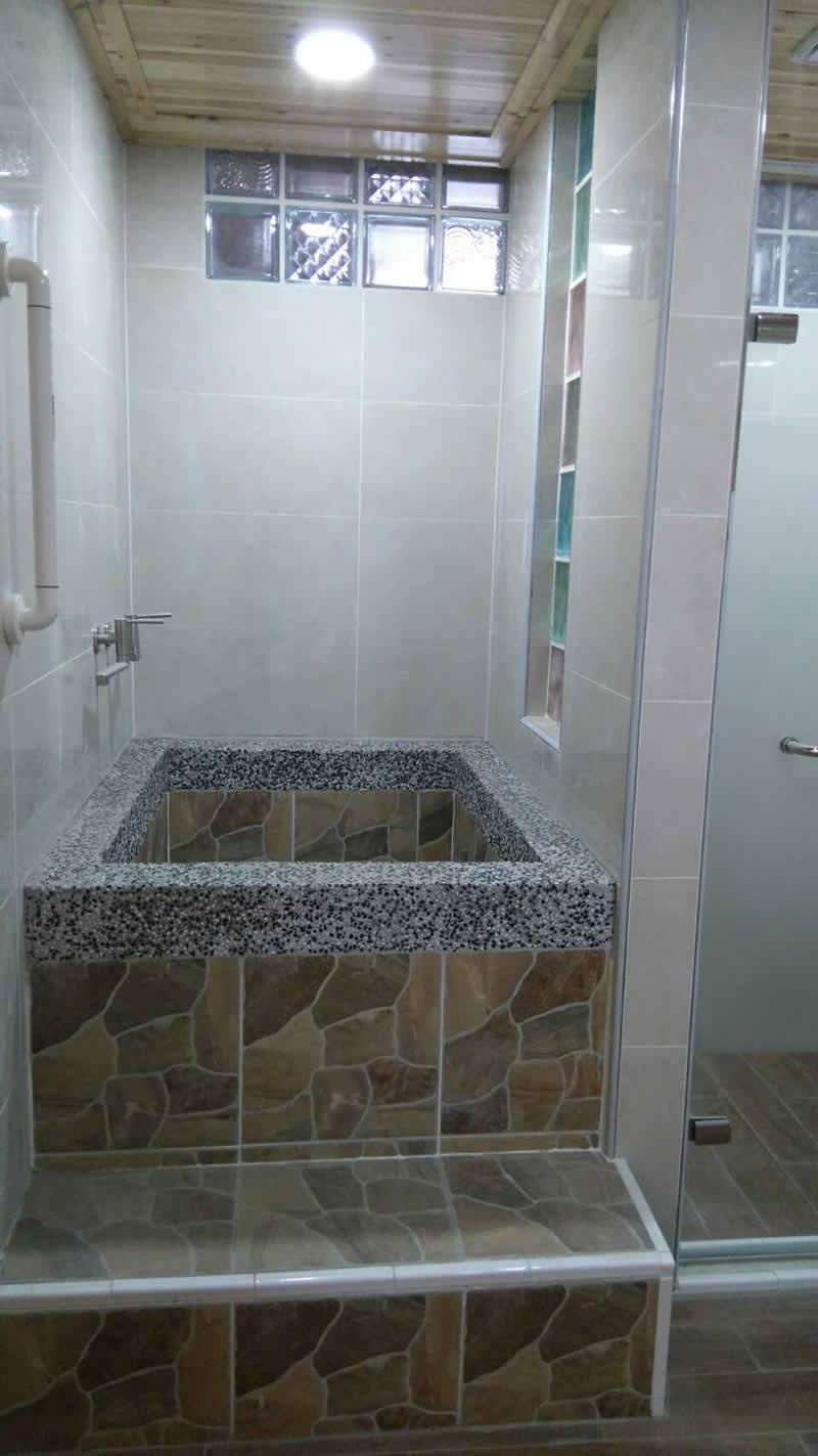 浴室西班牙溫泉缸