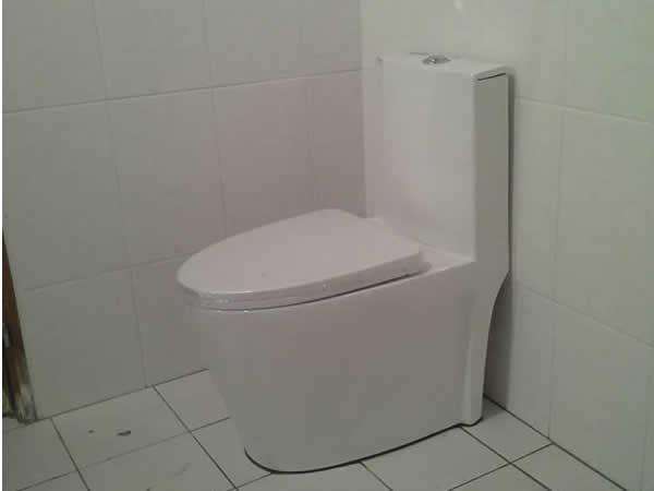 屏東高級廁所安裝-屏東市機場北路
